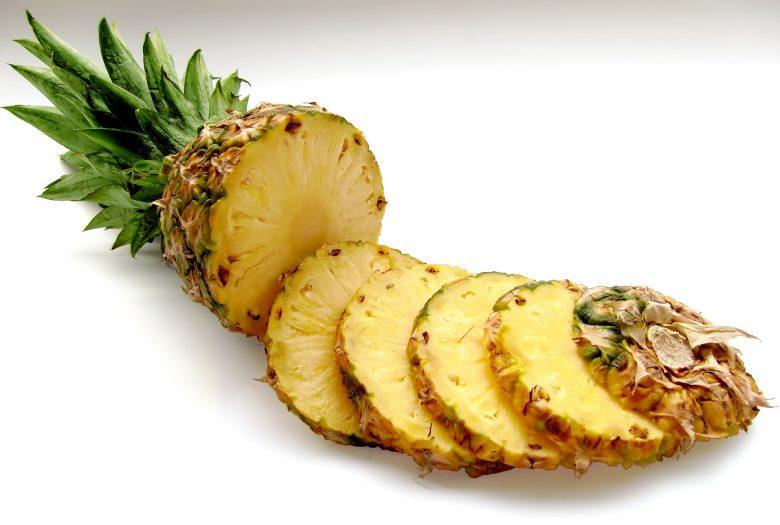 Ananas-Feldsalat
