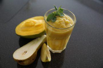 Mango-Birnen-Smoothie